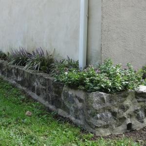 gardenwall2